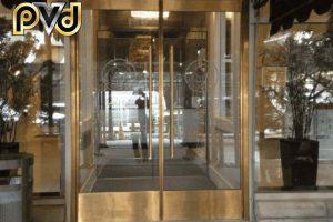 Những điều có thể bạn chưa biết về cửa inox mạ vàng