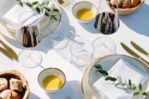 Cách Set Up bàn ăn kiểu Á Theo Chuyên Gia Nhà Hàng