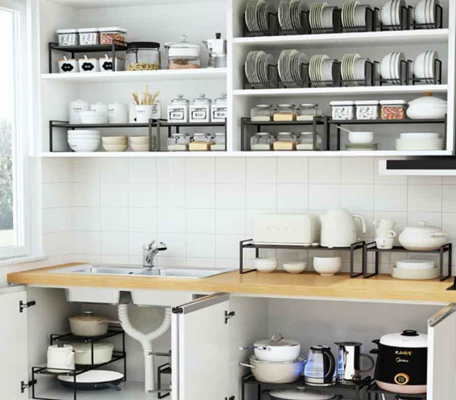 sắp xếp đồ dùng bếp theo chiều dọc