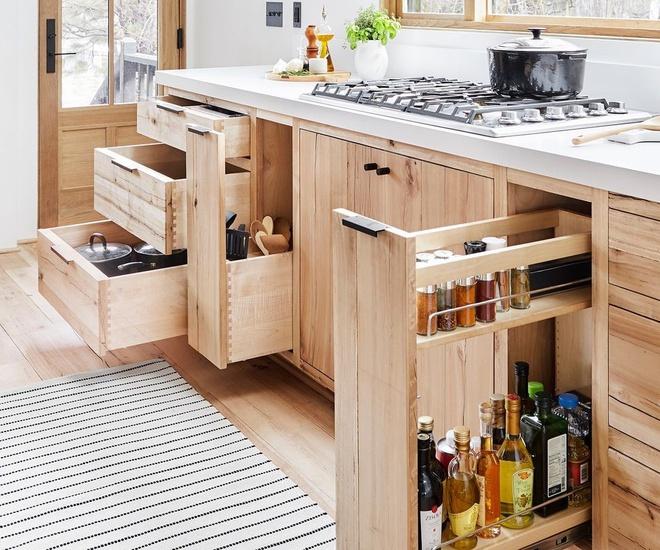 sử dụng các ngăn lưu trữ phòng bếp