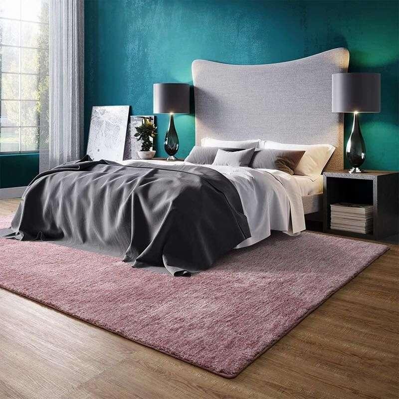 trang trí phòng ngủ với thảm sản nhà